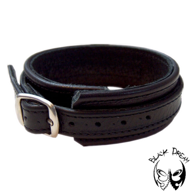 Cockstrap with buckle