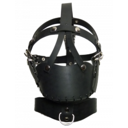 Rubber headharness with mouthcage